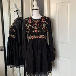 NEW LISTING! Zara black floral dress